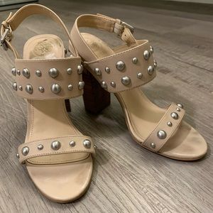 Guess heels with pearl studs
